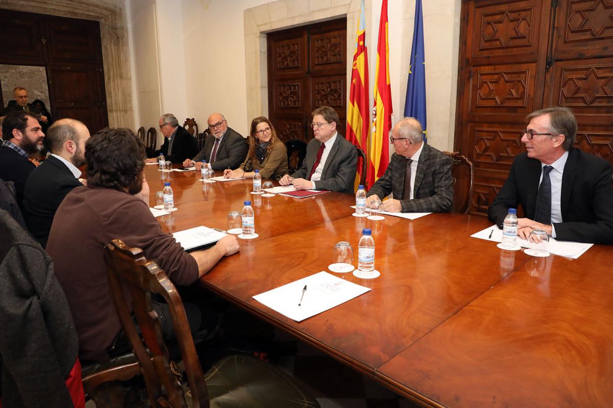 Puig y Cebriu00e1n reuniu00f3n Intercitrus (Foto Generalitat Valenciana)