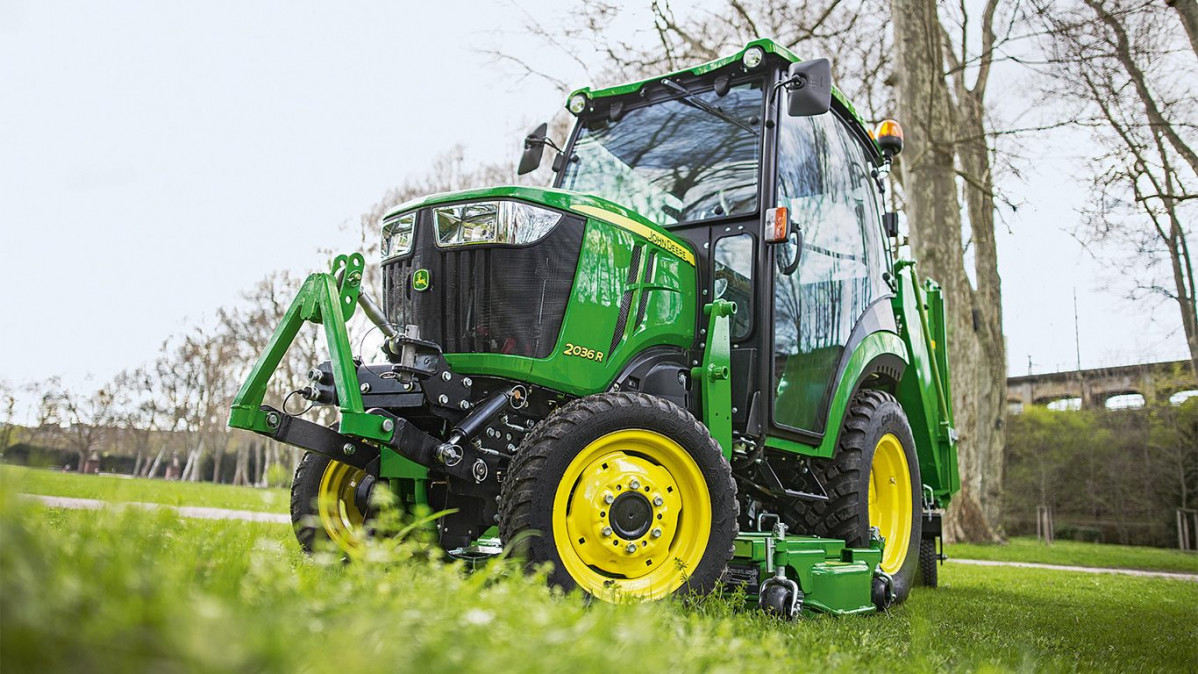 New John Deere 2036R compact tractor A
