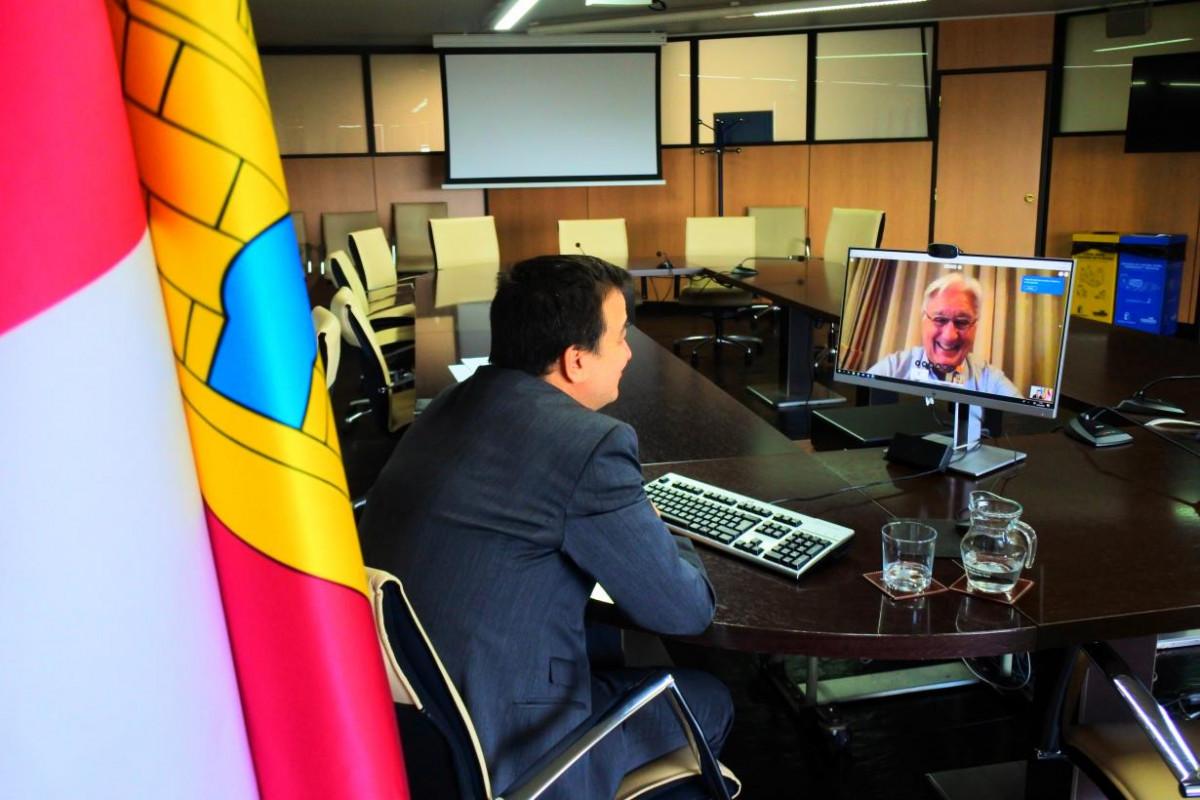 Martu00ednez Arroyo videollamada Grupos Desarrollo Rural Covid (Foto Gobierno CLM)
