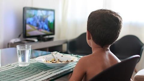 Niños anuncios comida insana (Foto OCU)